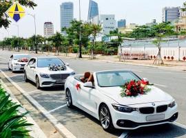 Xe cuới BMW mui trần màu trắng, màu đỏ